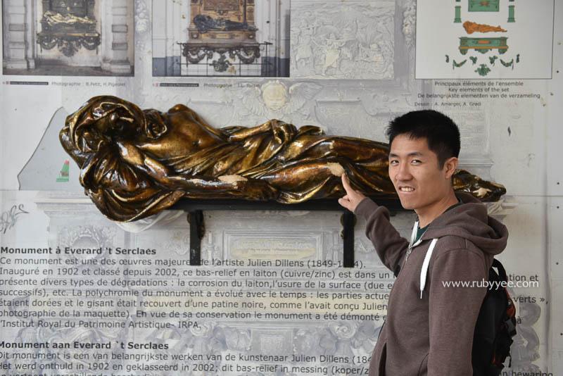 t'Serclaes Monument | www.rubyyee.com